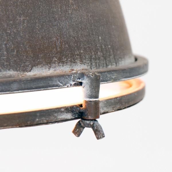 suspension industrielle brun detail