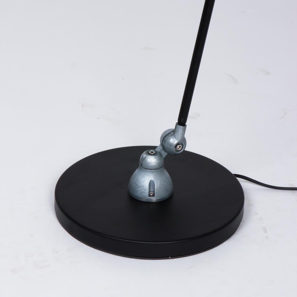 lampe de bureau industrielle noire derby. Black Bedroom Furniture Sets. Home Design Ideas