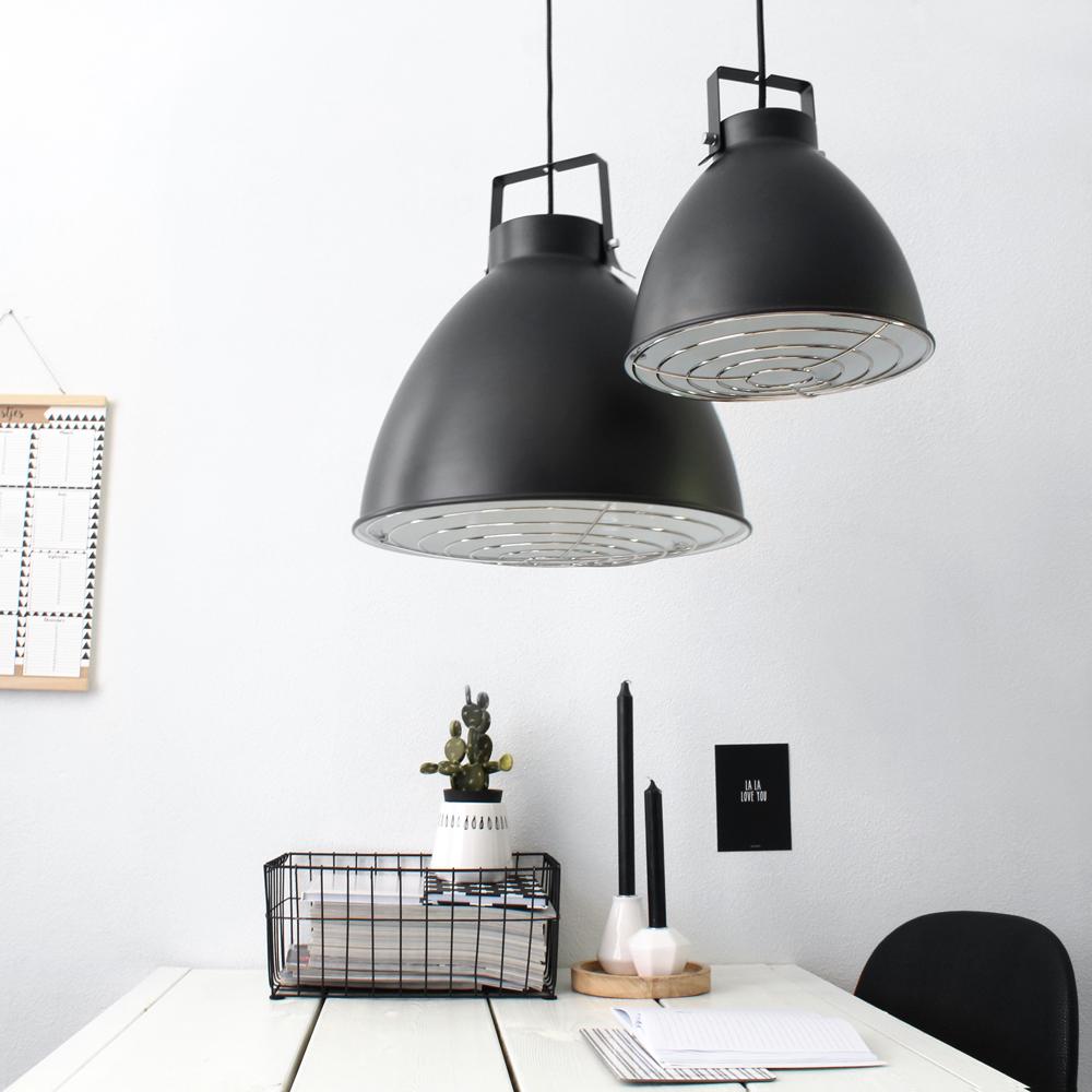 suspension-industrielle-noir-seattle