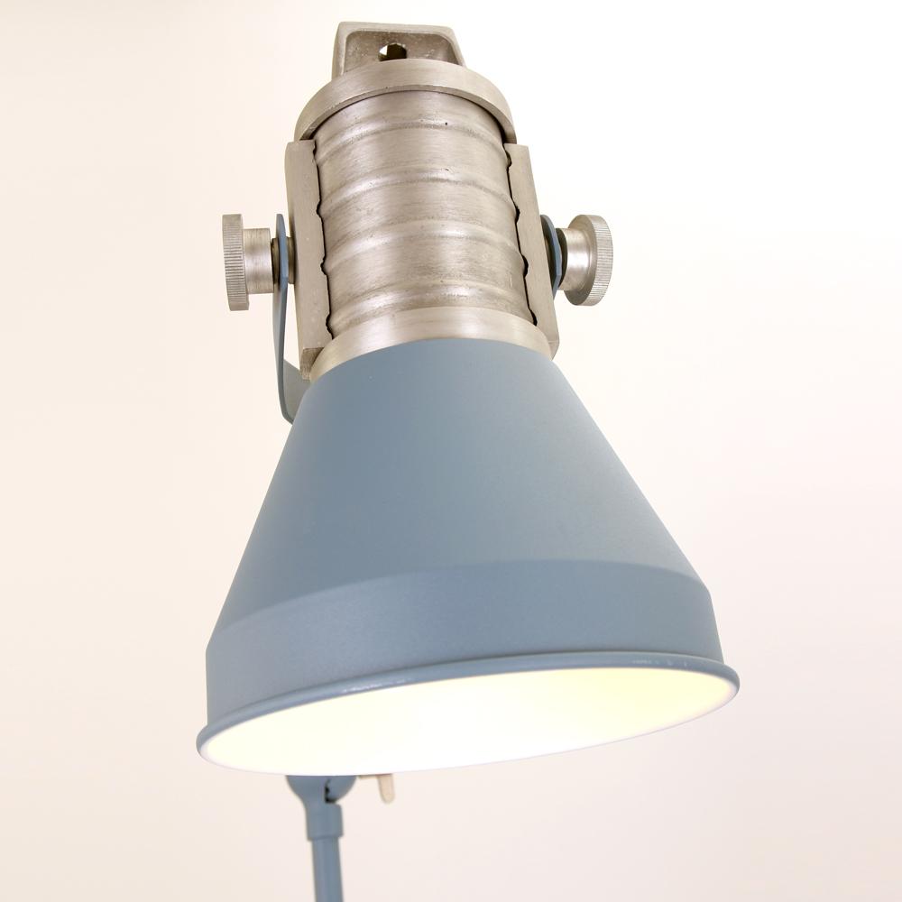lampadaire bleu et tendance anne brusk 180 cm lampe industrielle. Black Bedroom Furniture Sets. Home Design Ideas