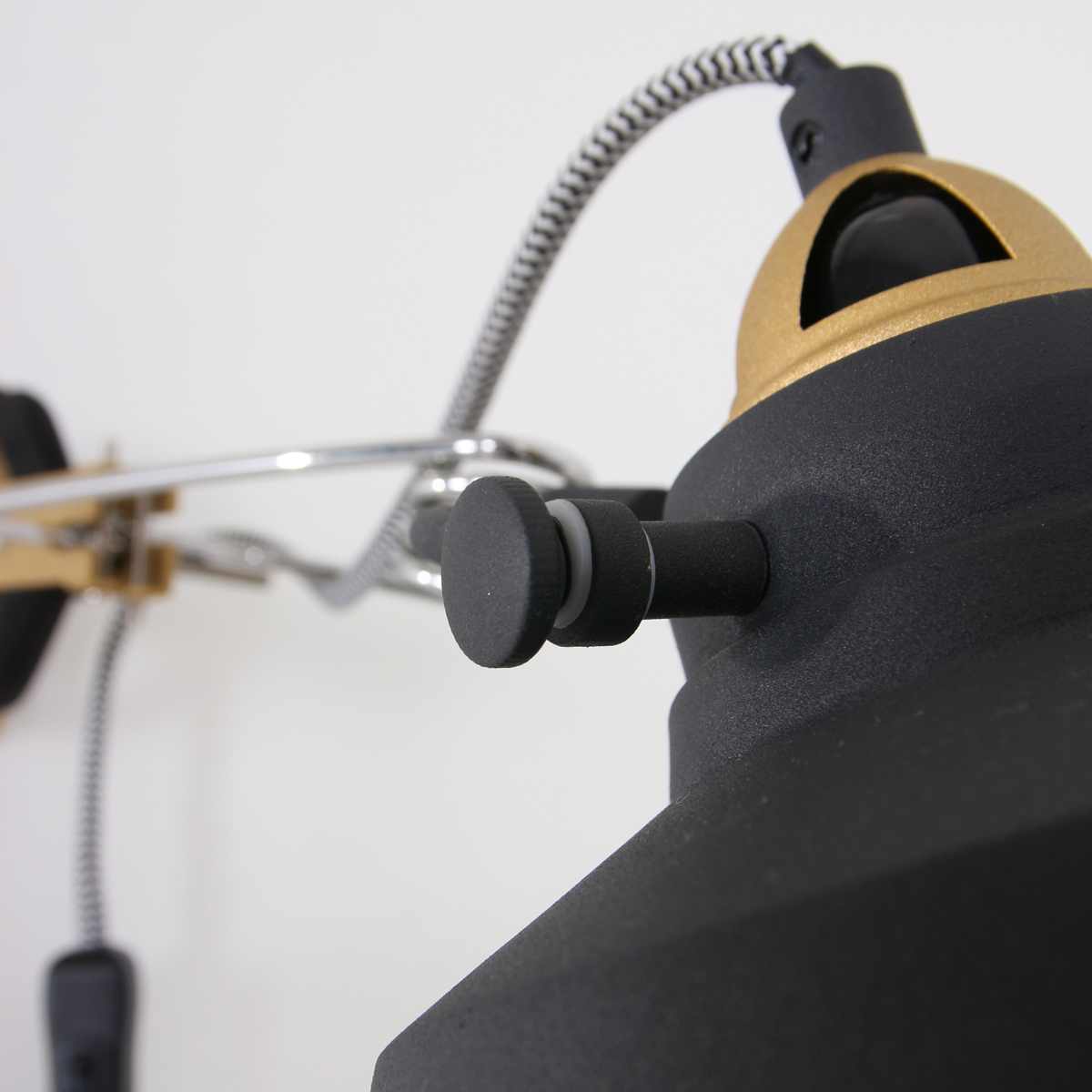 applique murale industrielle noir ivy 18 cm lampe industrielle. Black Bedroom Furniture Sets. Home Design Ideas